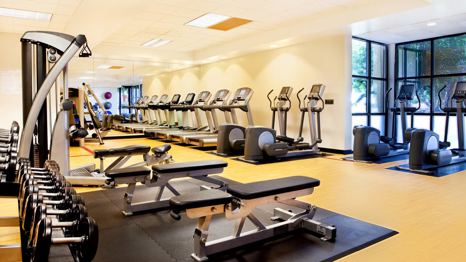 Sheraton Crescent Hotel - Fitness Center