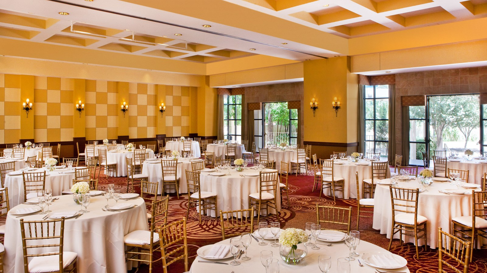 Sheraton Crescent Hotel Wedding Venues